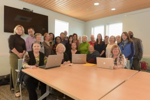 2016-writers-retreat-group-photo-for-participants